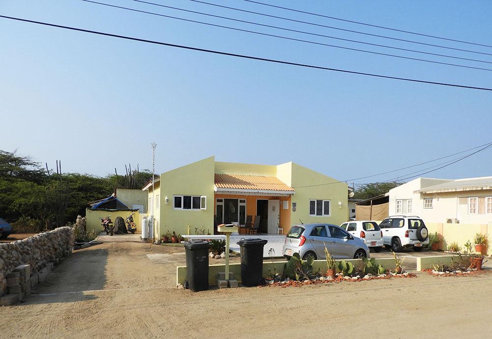Rooi Santo 27 B, Aruba